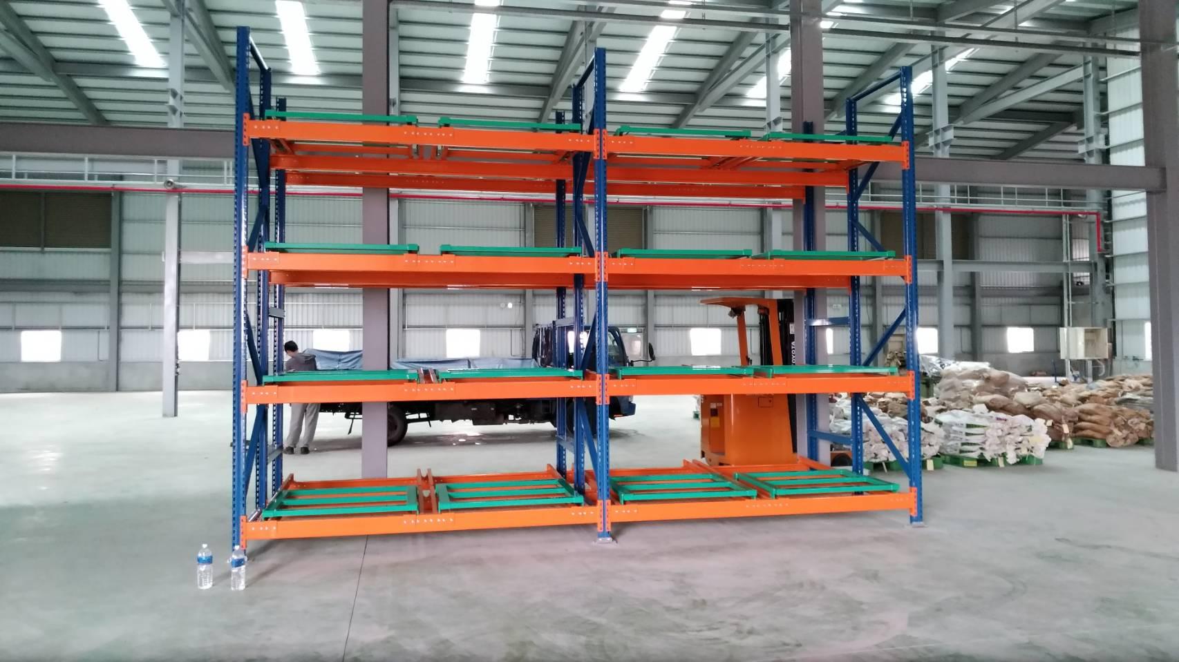 台中、彰化倉儲架 貨架 重型架 收納架 物料架 後推式倉儲架