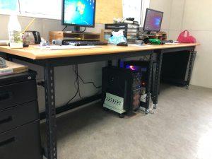 免螺絲電腦桌