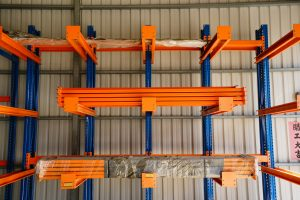 懸臂式倉儲架